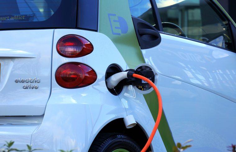 elektrisch rijden, laadpaal